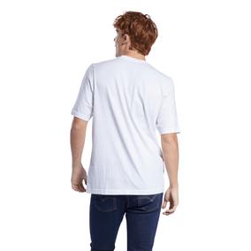 GU8418_APP_on-model_back_white
